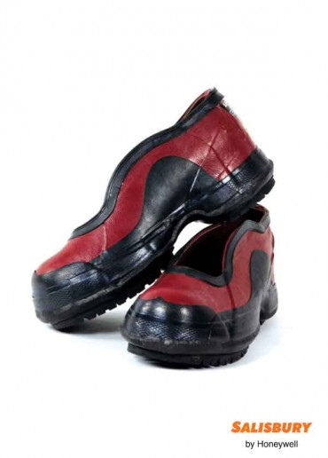 Dielectric Non Buckle Overshoe- Size 15